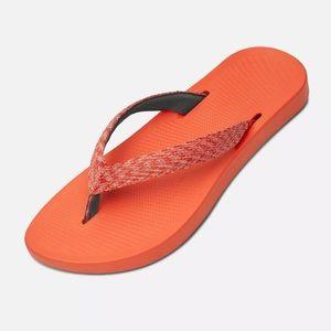 4df50802195 allbirds Shoes - Rare Allbirds Flip Flops size 7 Coral